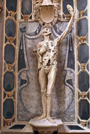 Cadaver tomb of Rene de Chalon. Sculptor Ligier Richier, 1547.
